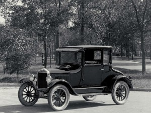 ford-model-t-coupe_interior_2